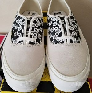 Vans Vault spongebob authentic mens 9 NEW